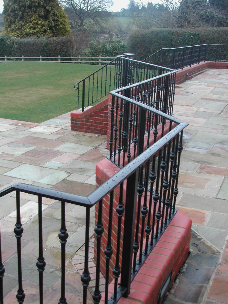 Country+House+railings R & P Engineering Swindon